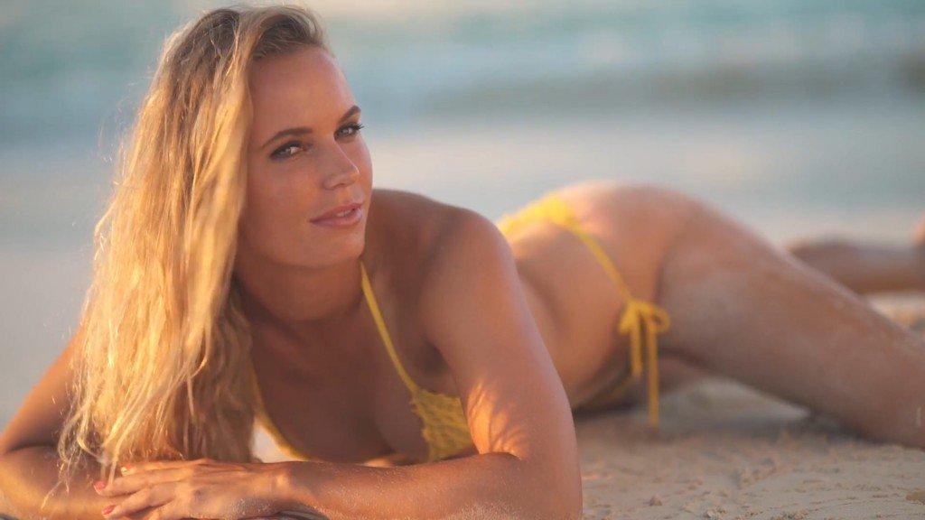 Caroline Wozniacki Sexy Int 14