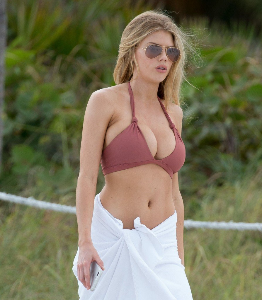 Charlotte McKinney Sexy 1 thefappening.so