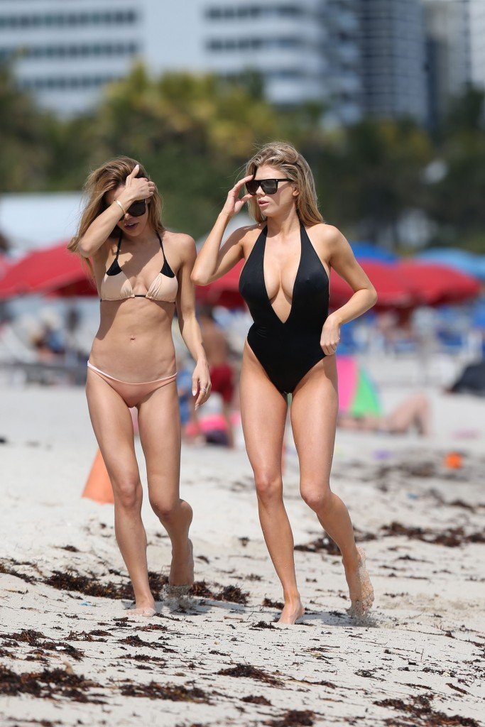 Charlotte McKinney Sexy 107 thefappening.so