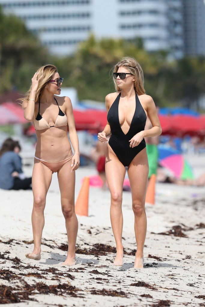 Charlotte McKinney Sexy 108 thefappening.so