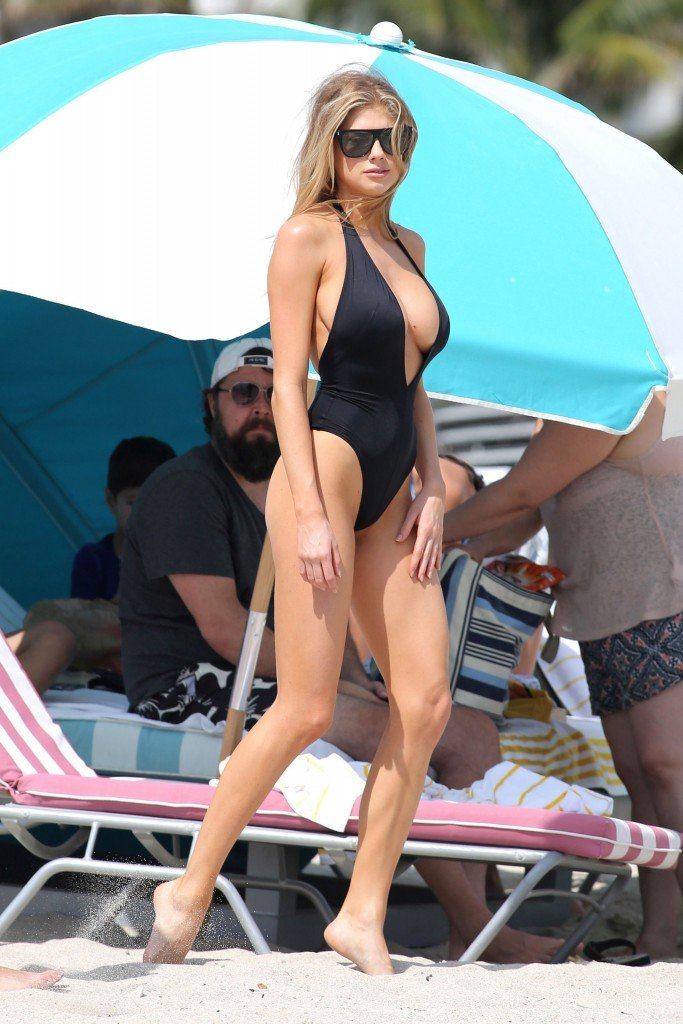 Charlotte McKinney Sexy 124 thefappening.so