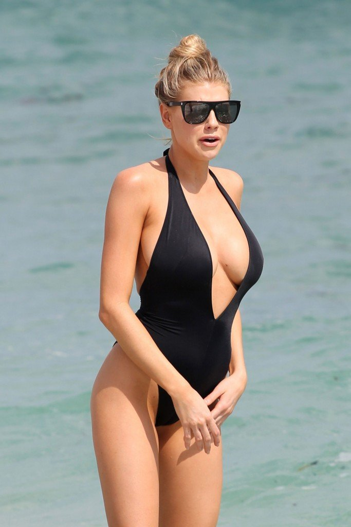 Charlotte McKinney Sexy 125 thefappening.so
