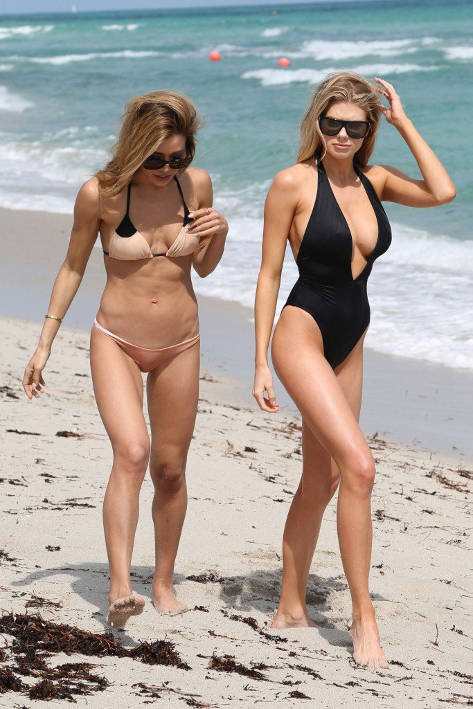 Charlotte McKinney Sexy 16 thefappening.so