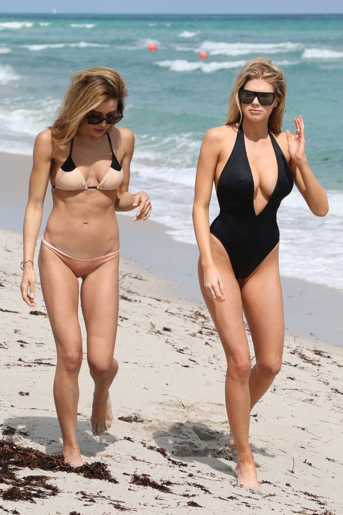 Charlotte McKinney Sexy 17 thefappening.so