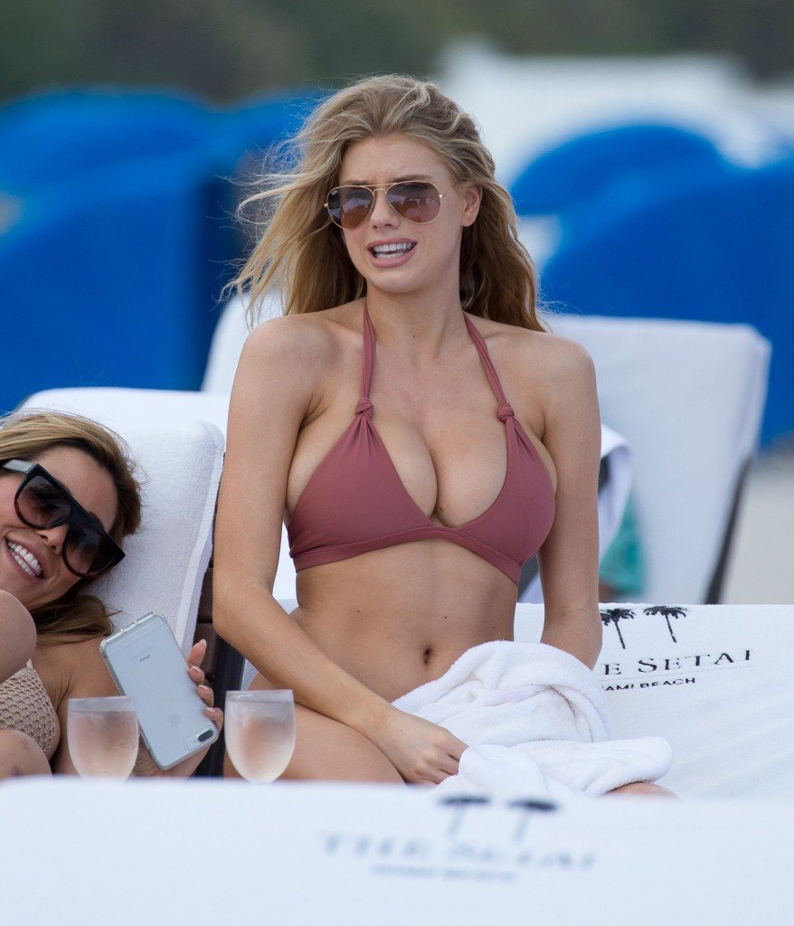 Charlotte McKinney Sexy 21 thefappening.so