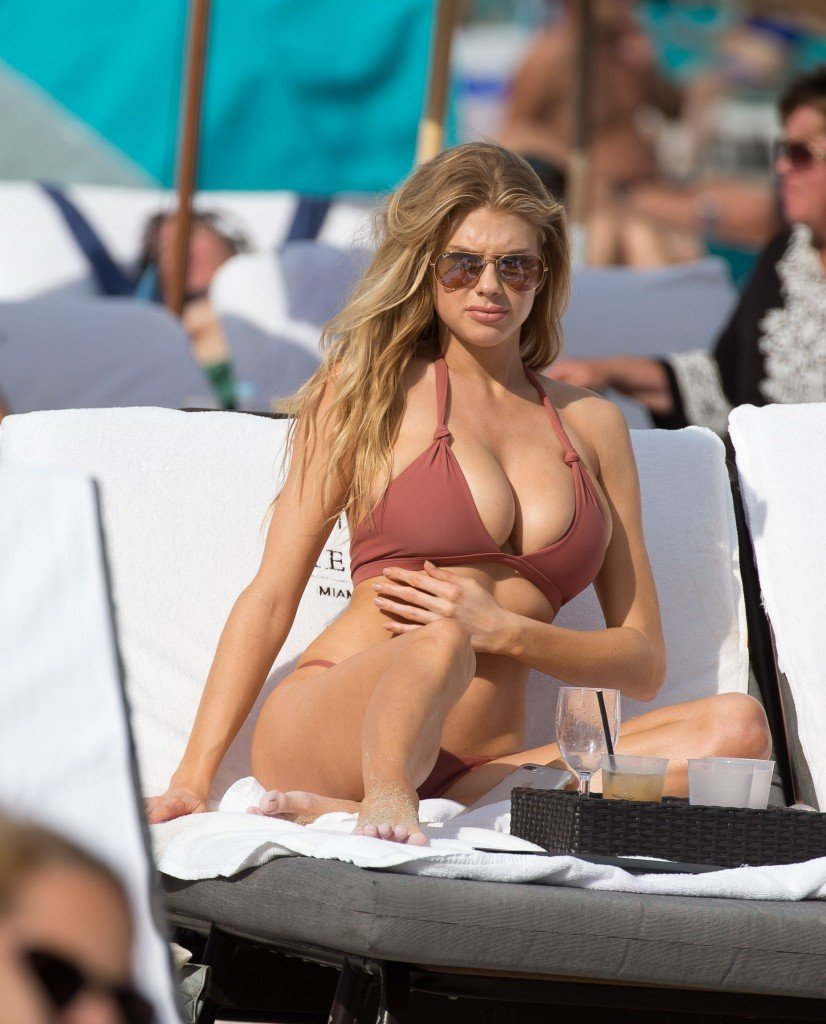 Charlotte McKinney Sexy 22 thefappening.so