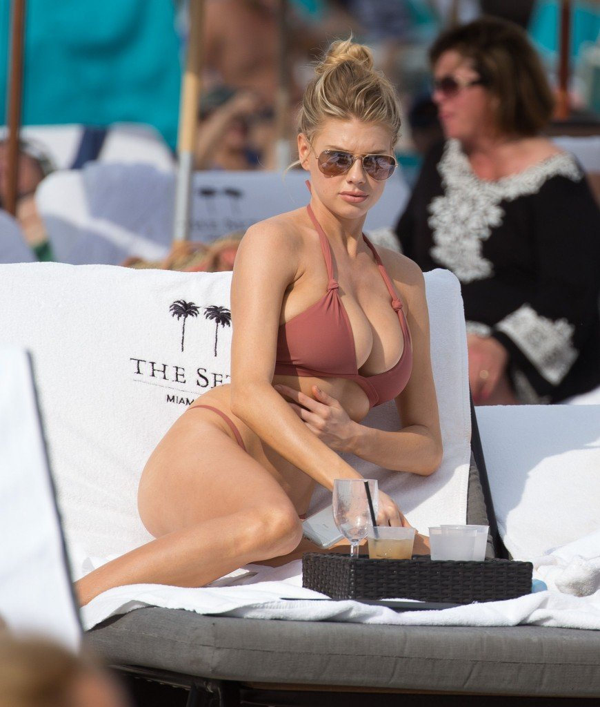 Charlotte McKinney Sexy 31 thefappening.so