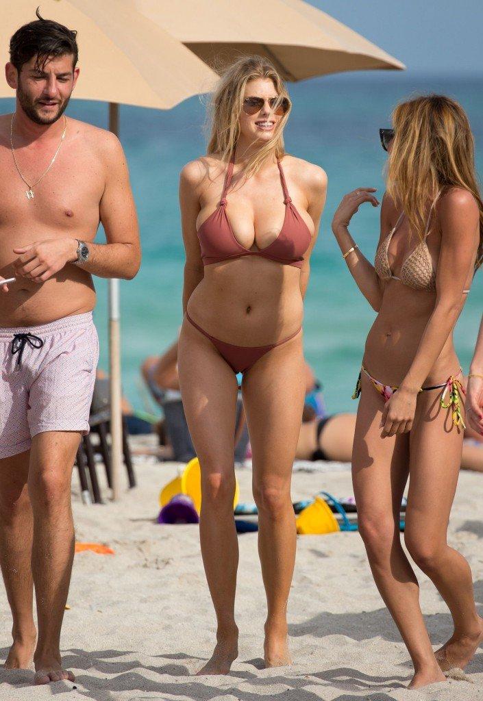 Charlotte Mckinney At Beach In Miami News People Txxx Com 1