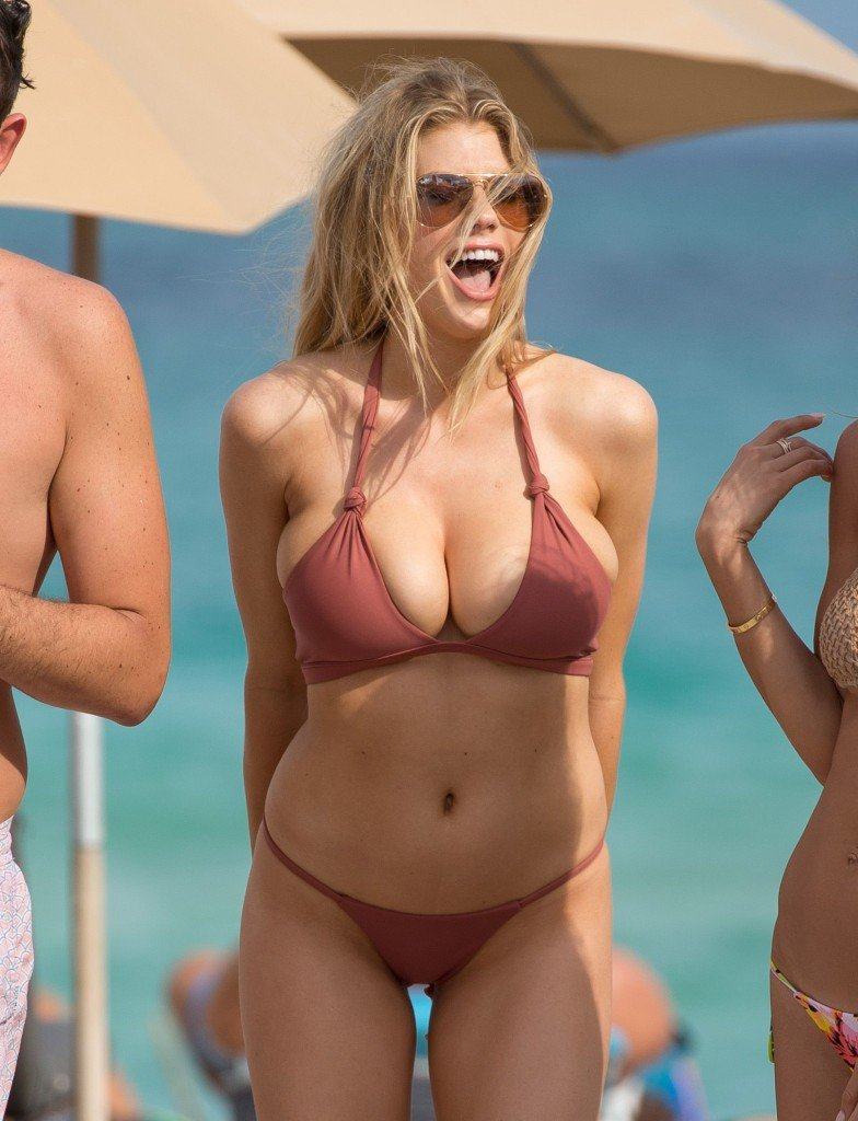 Charlotte McKinney Sexy 39 thefappening.so