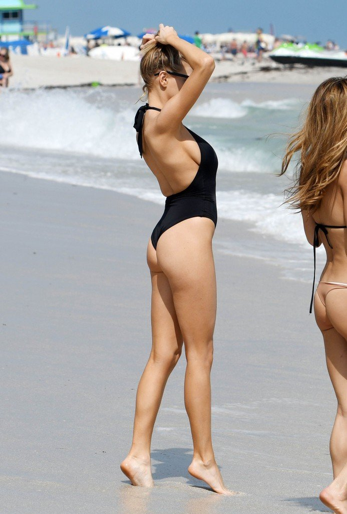 Charlotte McKinney Sexy 47 thefappening.so