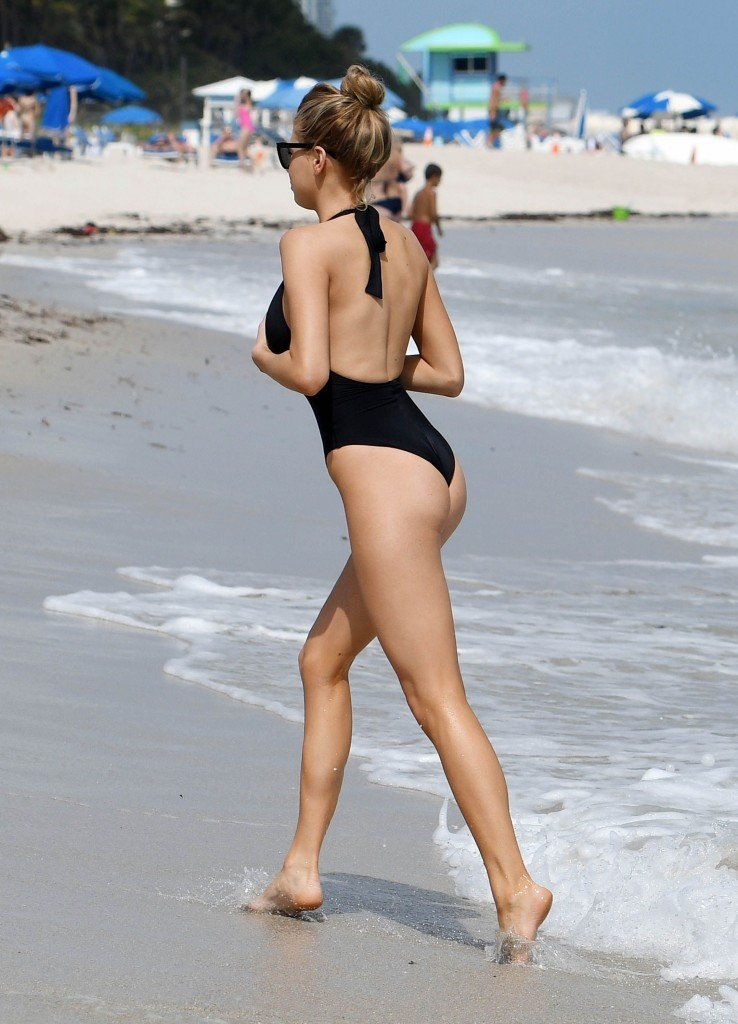 Charlotte McKinney Sexy 49 thefappening.so