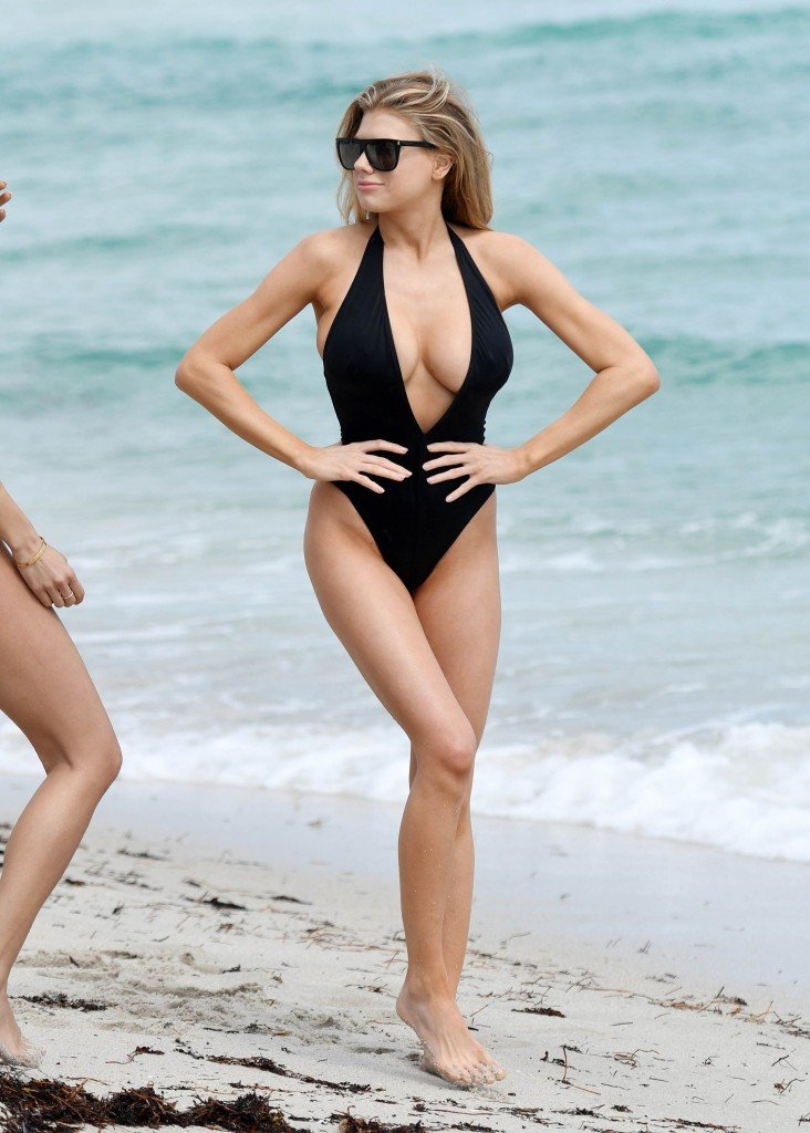 Charlotte McKinney Sexy 52 thefappening.so