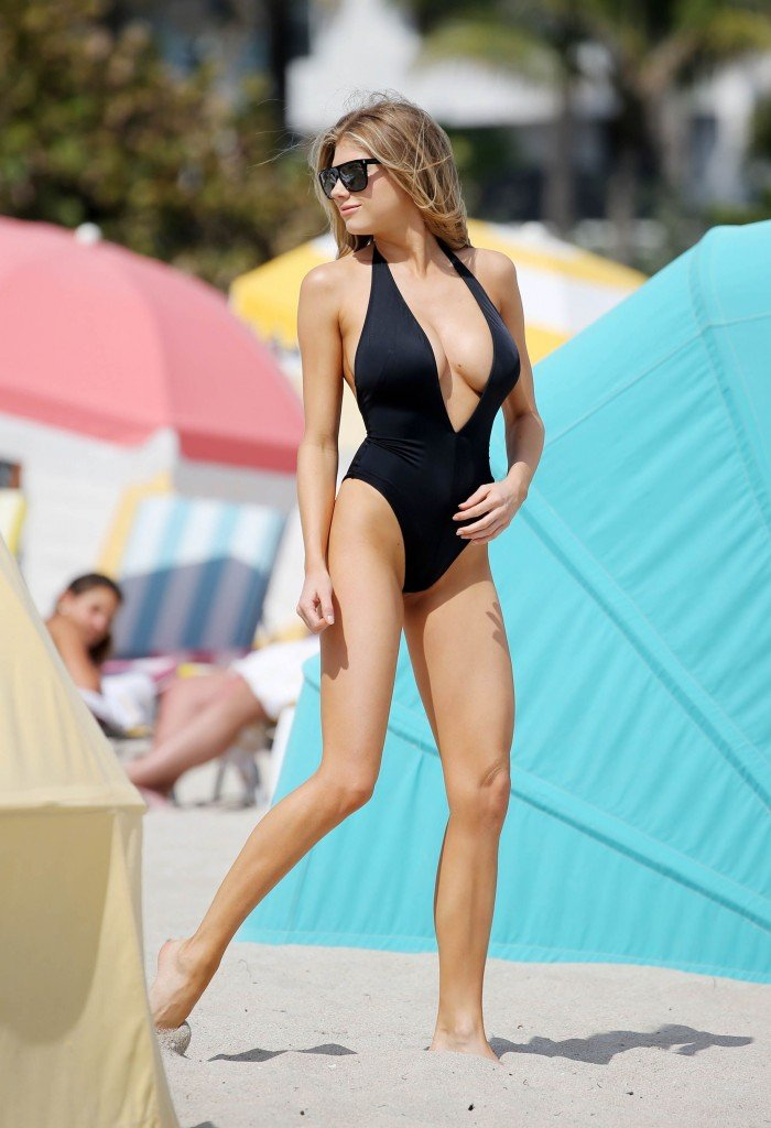 Charlotte McKinney Sexy 62 thefappening.so