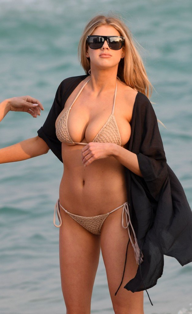 Charlotte McKinney Sexy 64