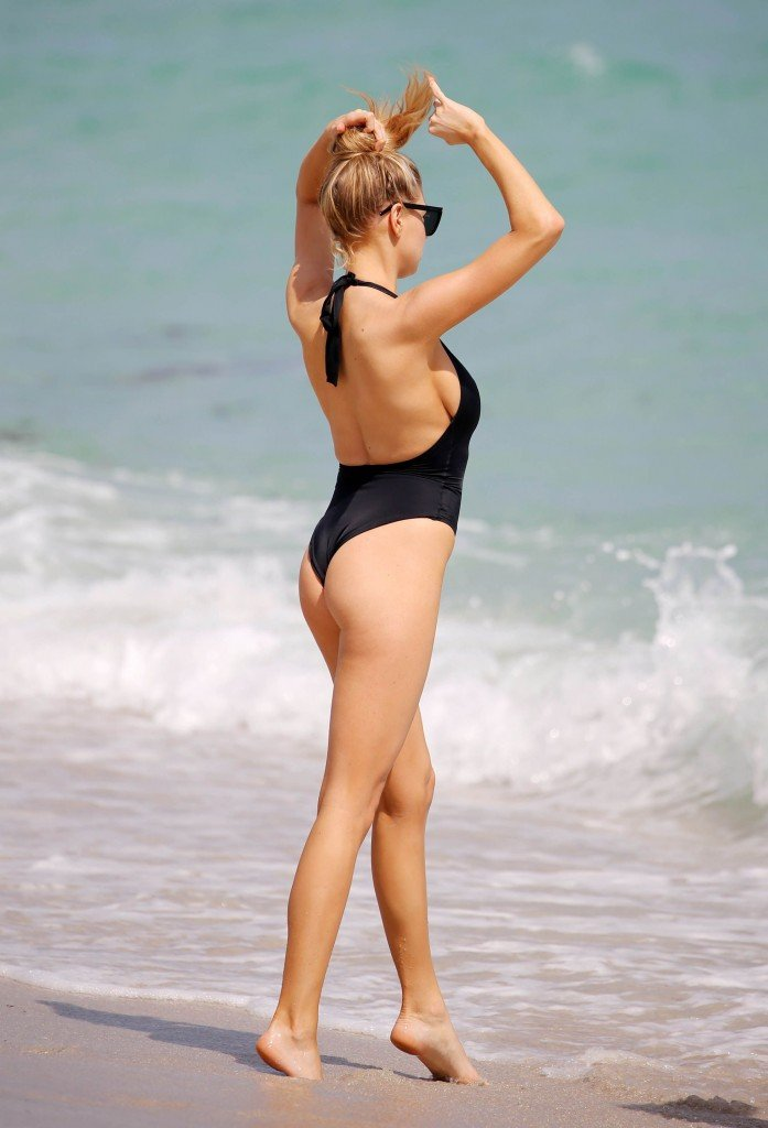 Charlotte McKinney Sexy 68 thefappening.so