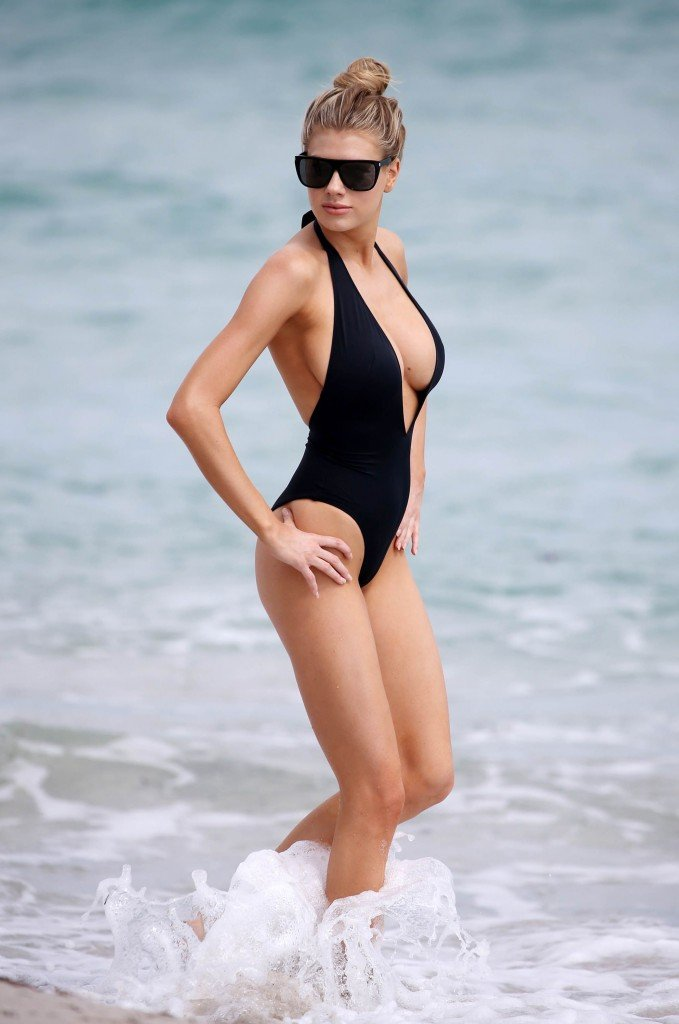 Charlotte McKinney Sexy 70 thefappening.so