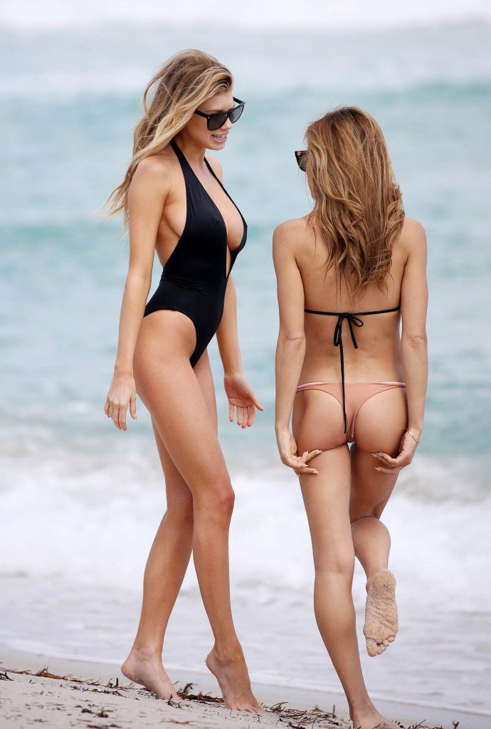 Charlotte McKinney Sexy 73 thefappening.so