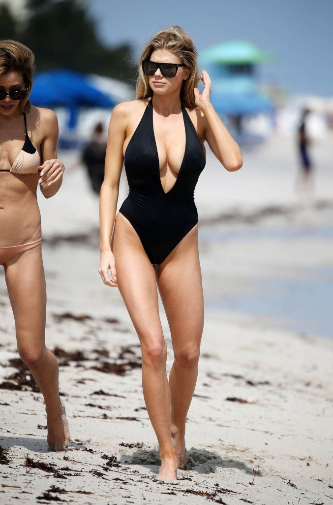 Charlotte McKinney Sexy 75 thefappening.so