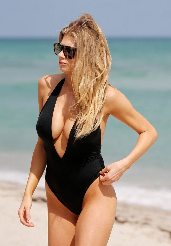 Charlotte McKinney Sexy 77 thefappening.so