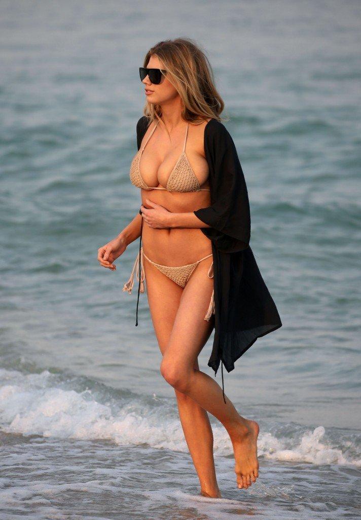 Charlotte McKinney Sexy 80