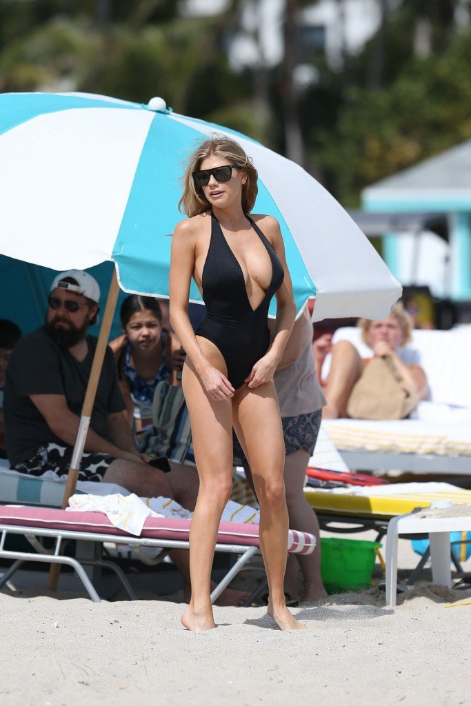 Charlotte McKinney Sexy 83 thefappening.so
