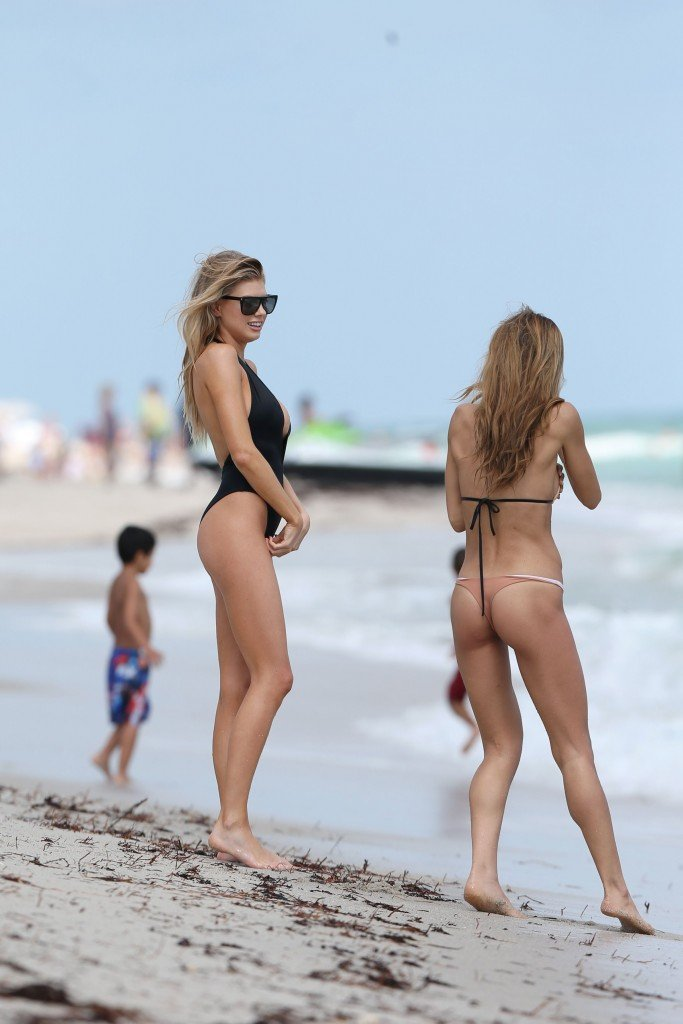 Charlotte McKinney Sexy 97 thefappening.so