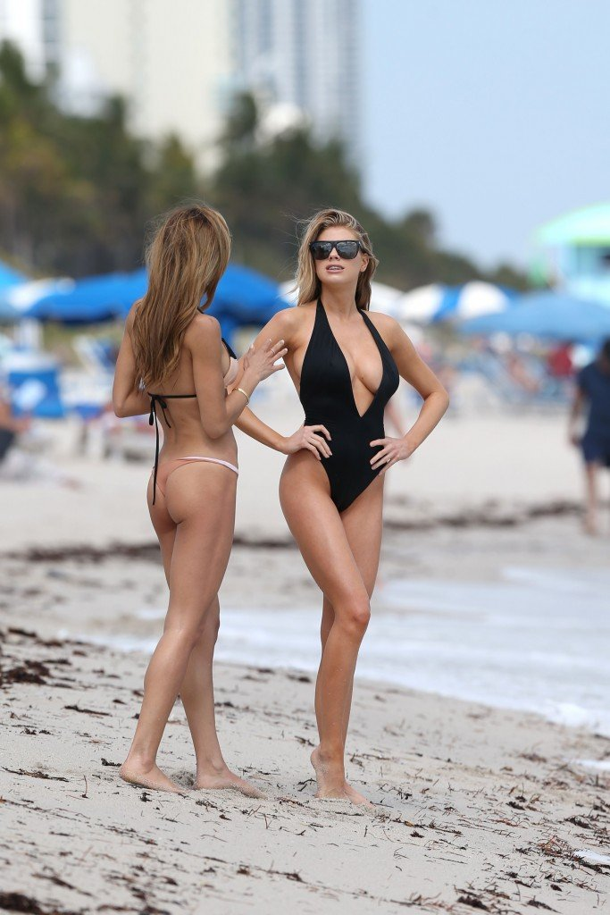 Charlotte McKinney Sexy 99 thefappening.so