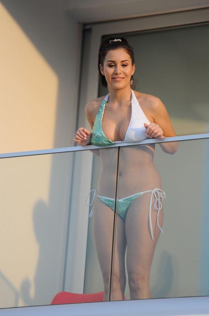 Chloe Goodman Sexy (25 Photos)