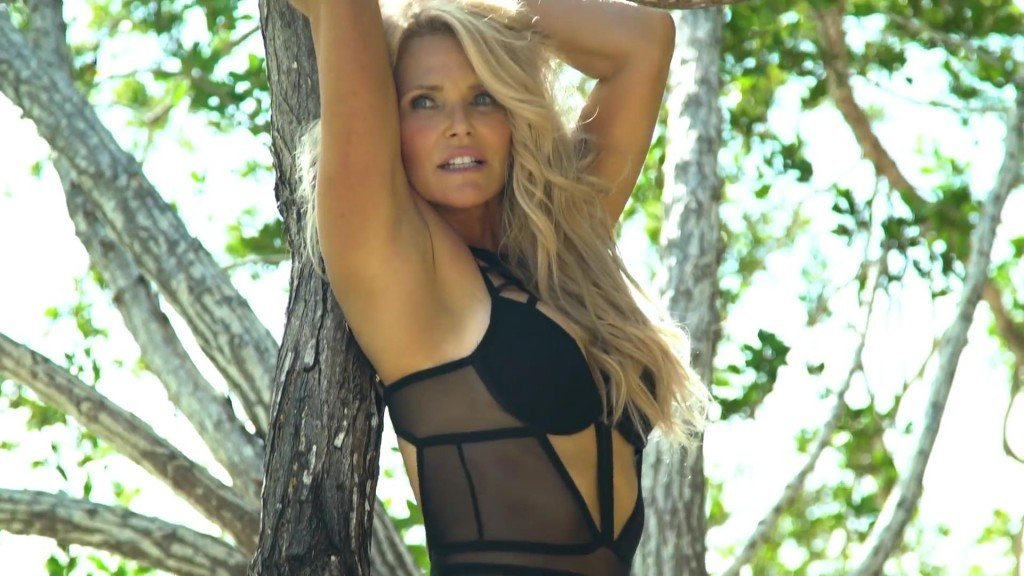 Christie Brinkley Sports Illustrated Swimsuit 2017_4