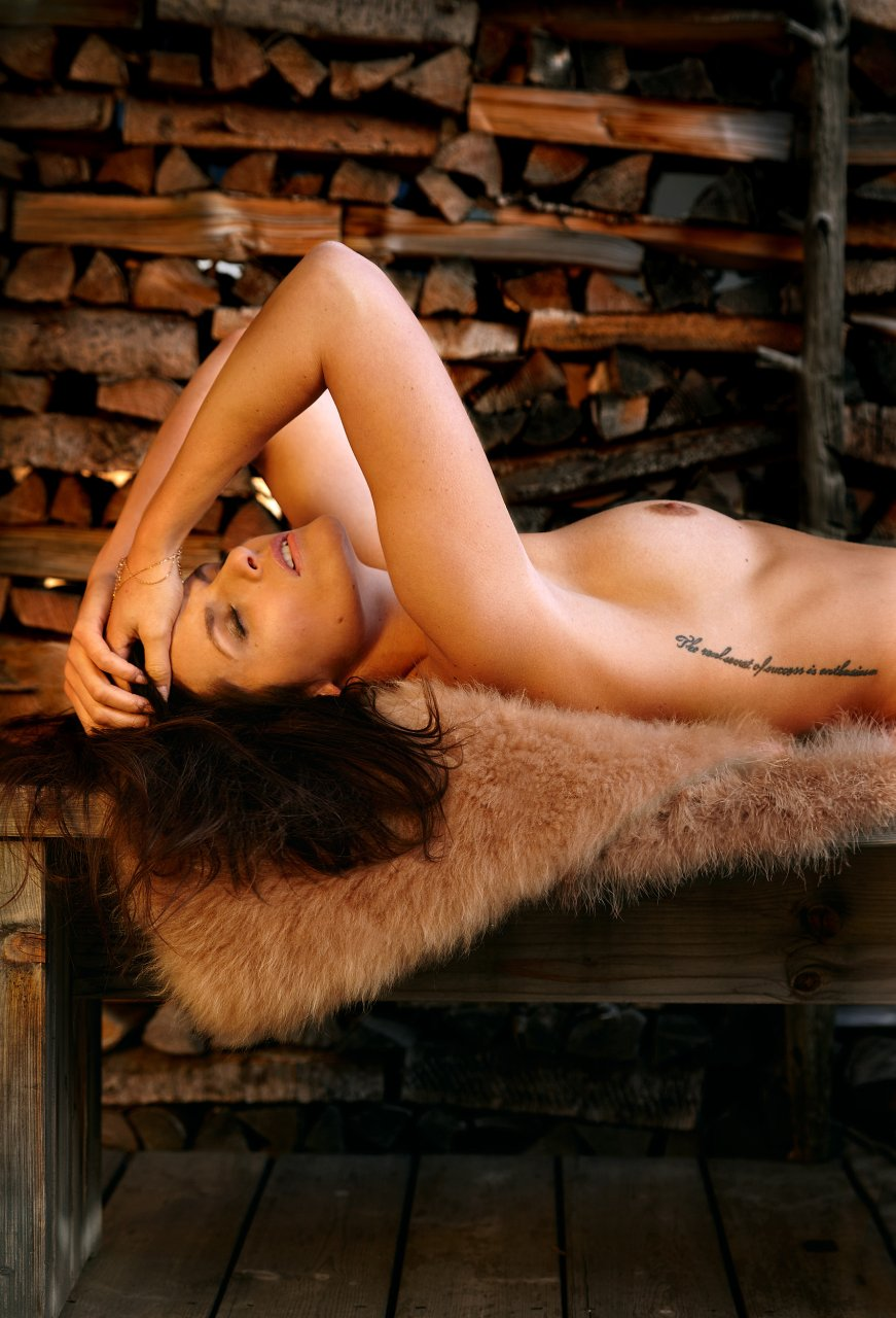 christina bella nackt