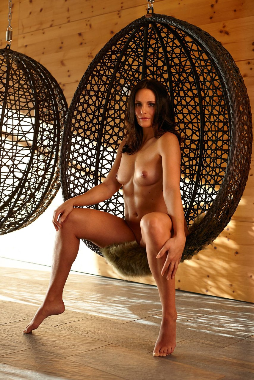 nude hotest sexy images supergirls