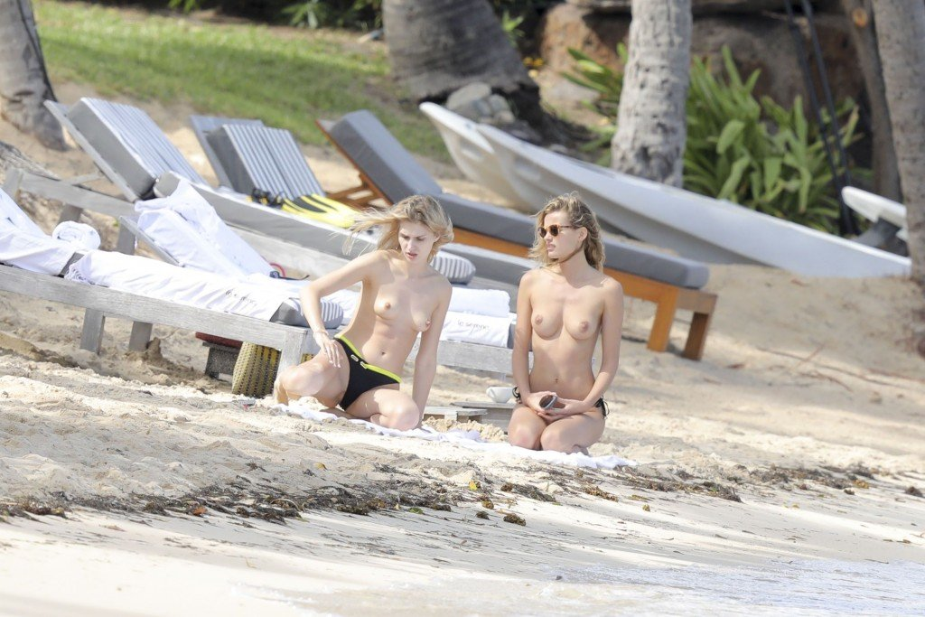 Edita Vilkeviciute Topless Sexy thefappening.so 23