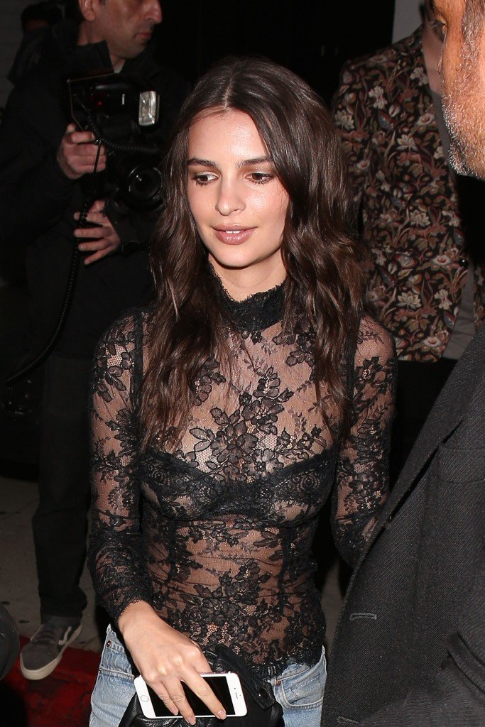 Emily Ratajkowski Hot 14 thefappening.so
