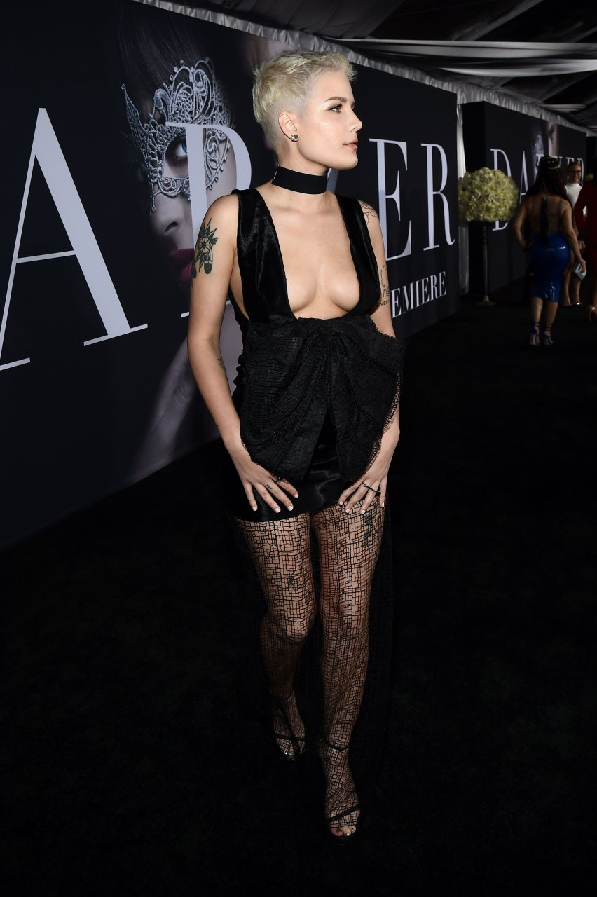 XXX Halsey Braless nude photos 2019