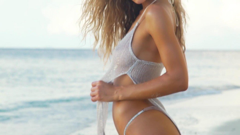 Hannah Ferguson Intimates SI Swimsuit 2017_12