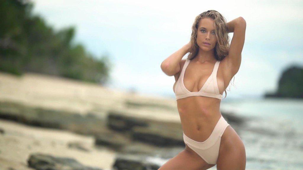 Hannah Ferguson Intimates SI Swimsuit 2017_15