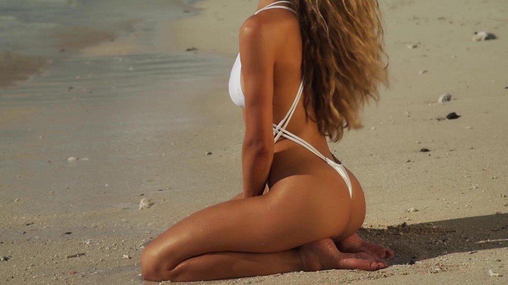 Hannah Ferguson Intimates SI Swimsuit 2017_27