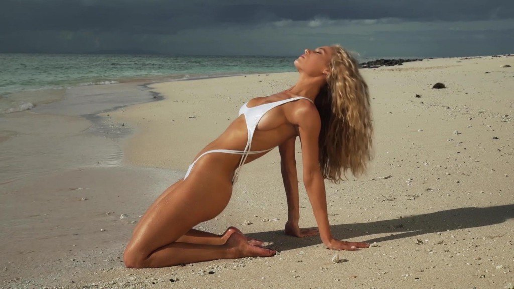 Hannah Ferguson Intimates SI Swimsuit 2017_30
