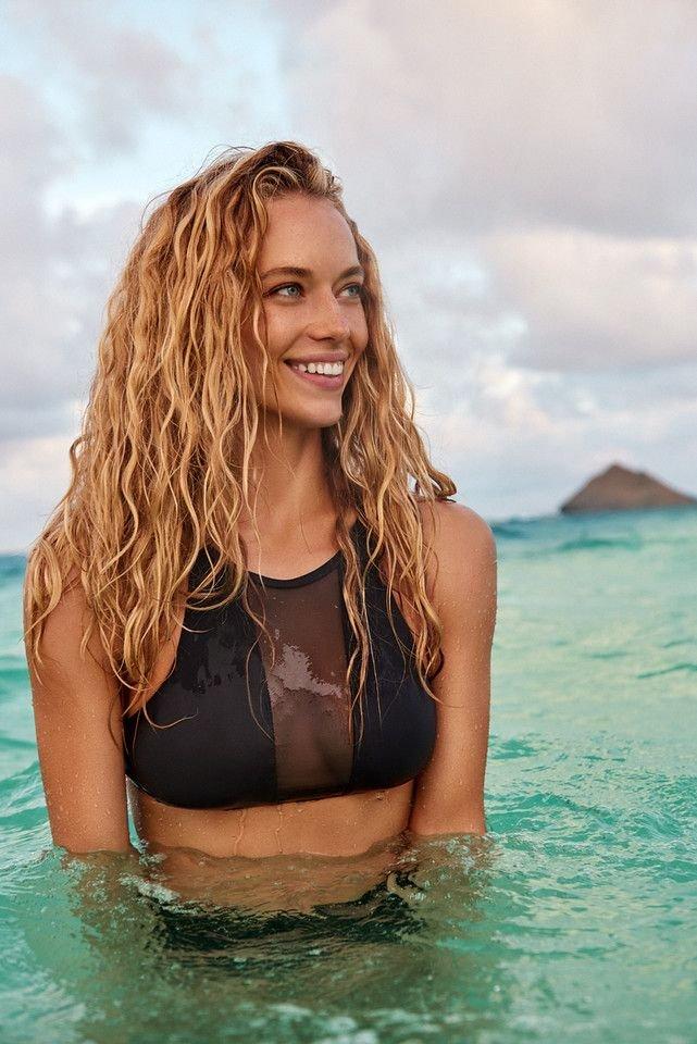 Hannah Ferguson Sexy 29