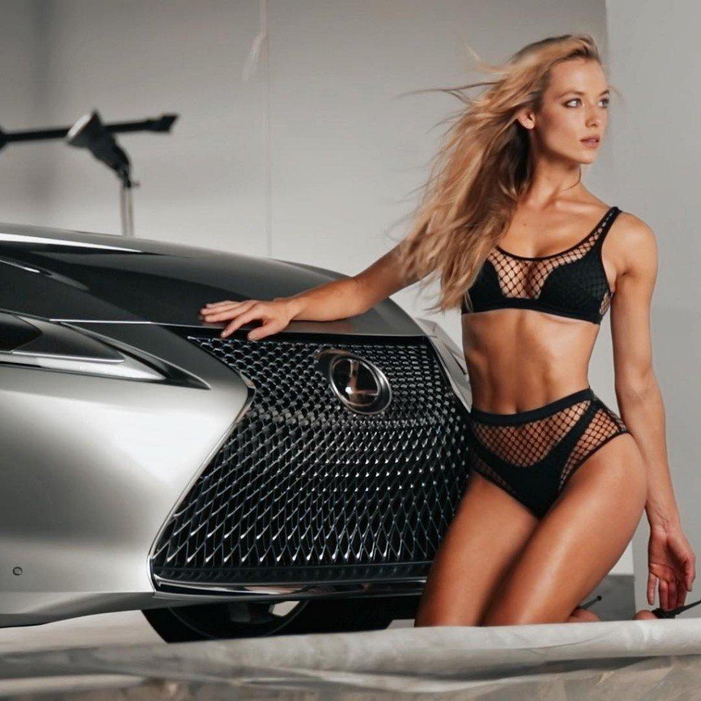 Hannah Ferguson Sexy Ad
