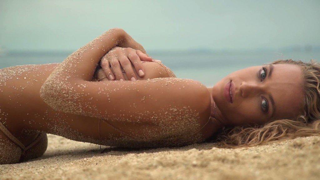 Hannah Ferguson Sexy Topless 11