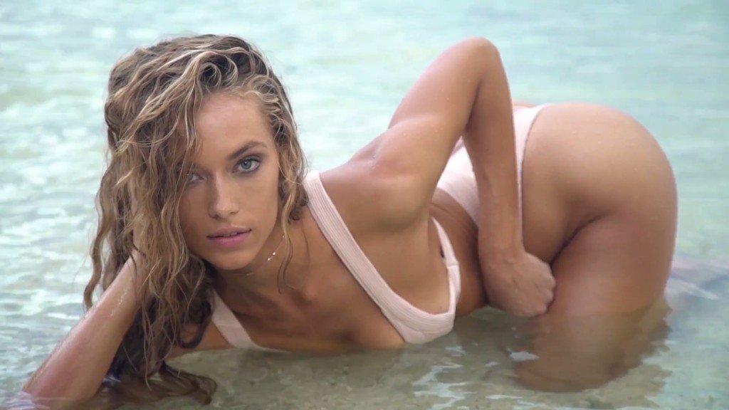Hannah Ferguson Sexy Topless 20
