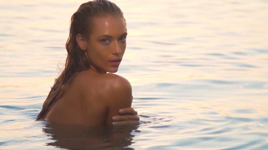 Hannah Ferguson Sexy Topless 38
