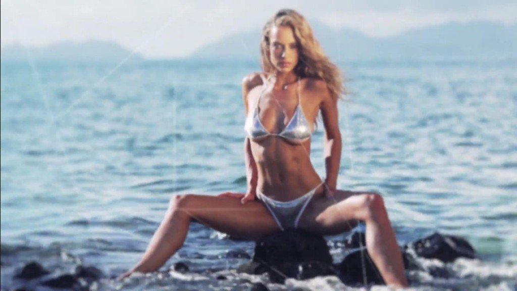 Hannah Ferguson  Uncovered Sports Illustrated Swimsuit 2017
