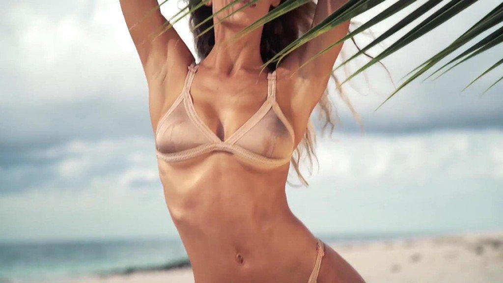 Hannah Ferguson  Uncovered Sports Illustrated Swimsuit 2017_15