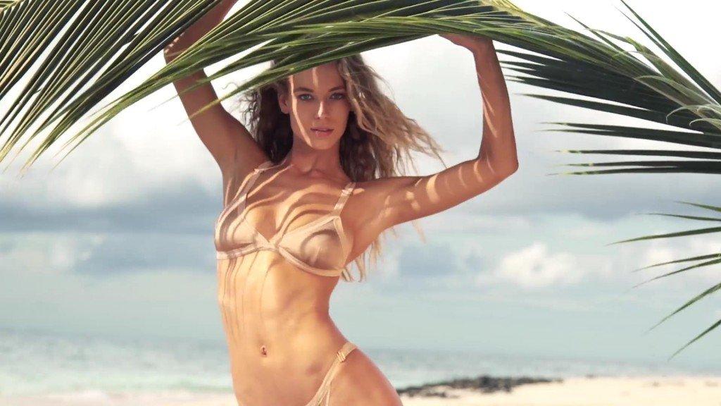 Hannah Ferguson  Uncovered Sports Illustrated Swimsuit 2017_17