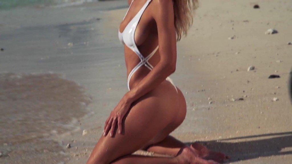 Hannah Ferguson  Uncovered Sports Illustrated Swimsuit 2017_20