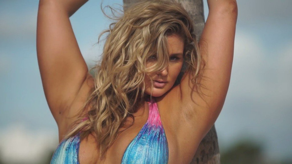 Hunter McGrady Sexy – 2017 'Sports Illustrated' Swimsuit Issue