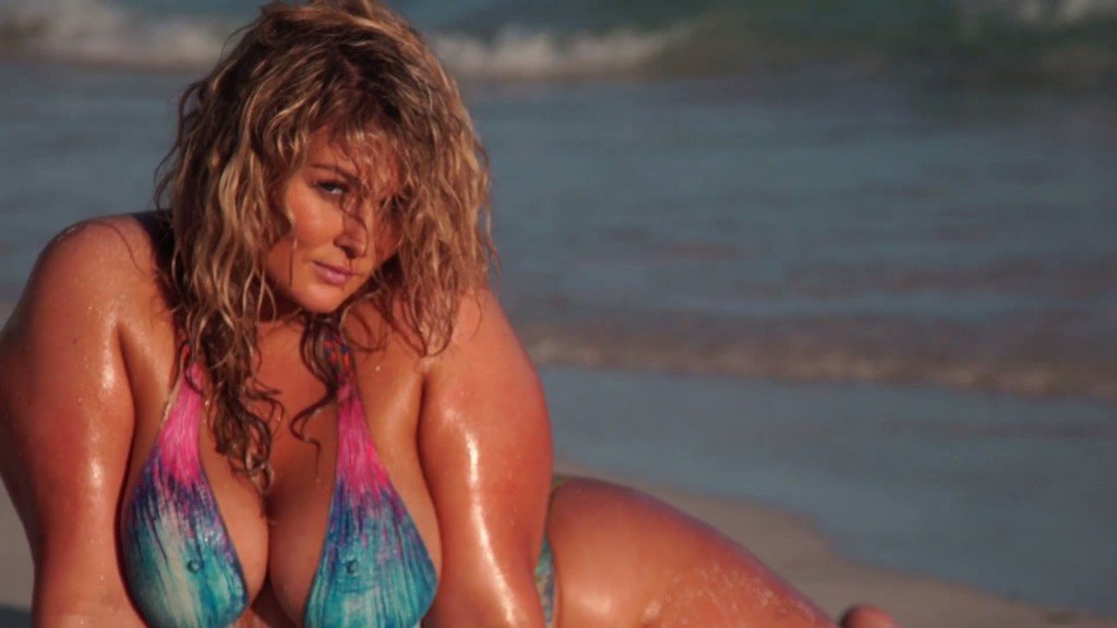 Hunter McGrady Bodypaint Uncovered 26 thefappening.so