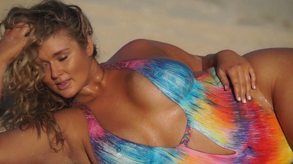 Hunter McGrady Bodypaint Uncovered 27 thefappening.so